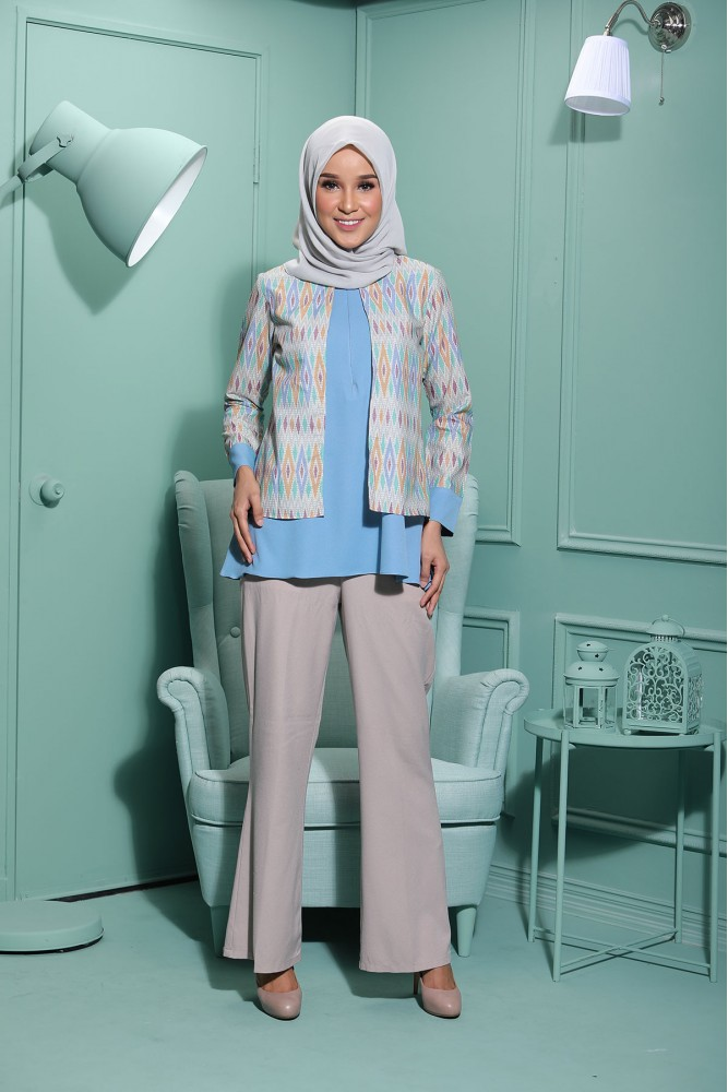 AUREL BATIK BLOUSE – BABY BLUE