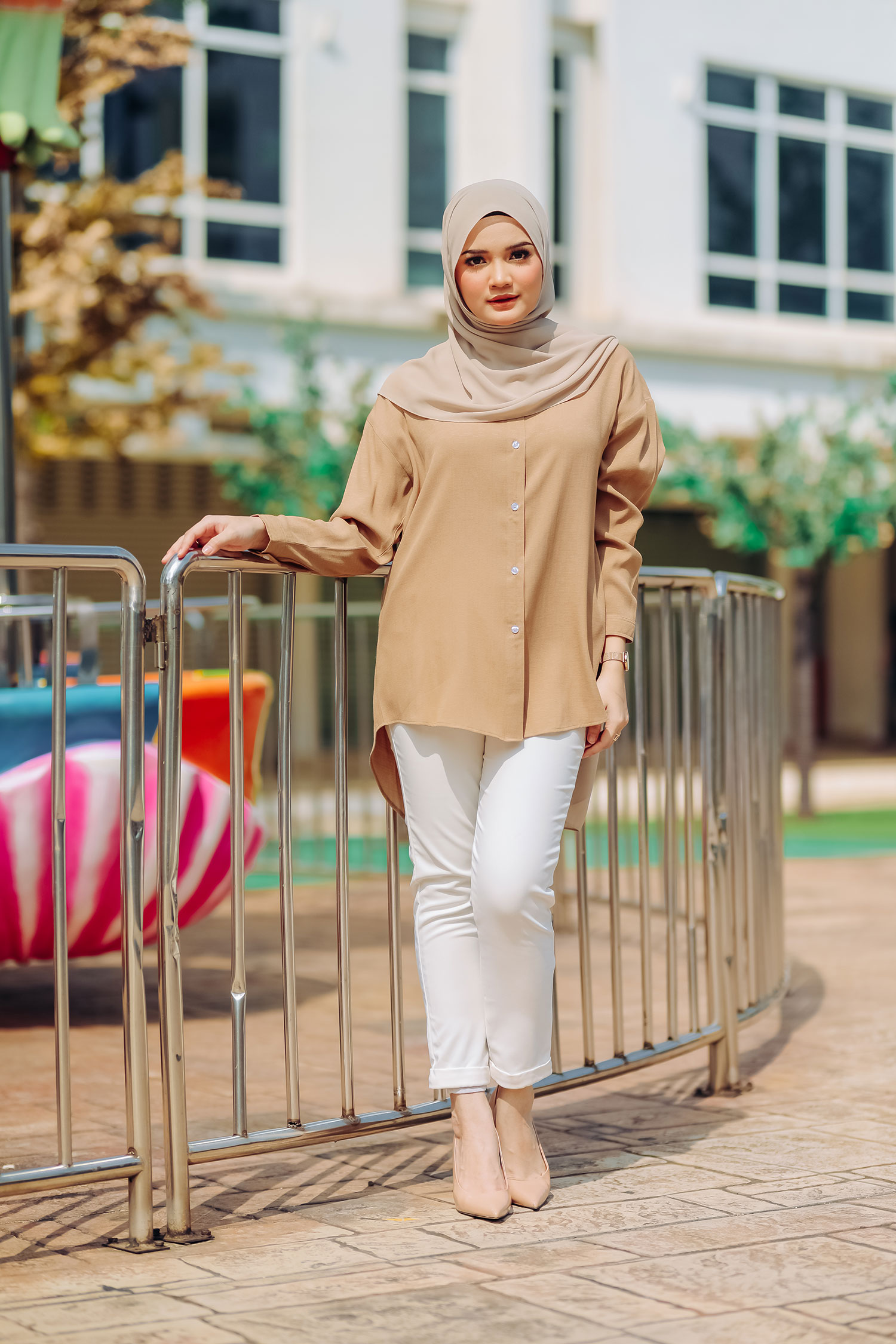 NELLY BATWING SHIRT – DARK BEIGE