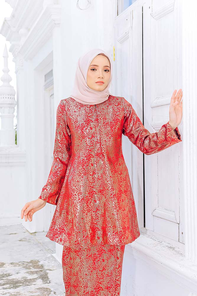 SURYA KURUNG – RUSTY RED