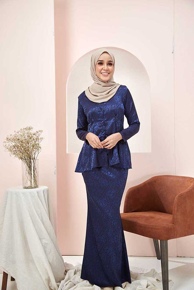ROSSA KURUNG – NAVY BLUE (BUY 1 FREE 1)