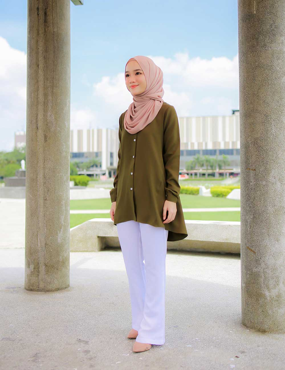 MARY BLOUSE – MOSS GREEN (PRE ORDER W. EARLY BIRD PRICE)