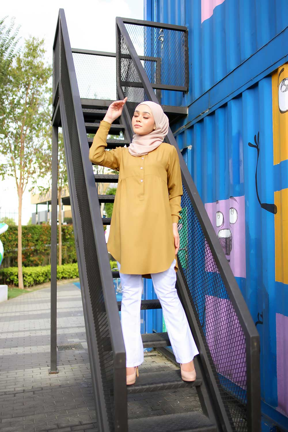 AUFA BLOUSE – GREENISH YELLOW (pre order)
