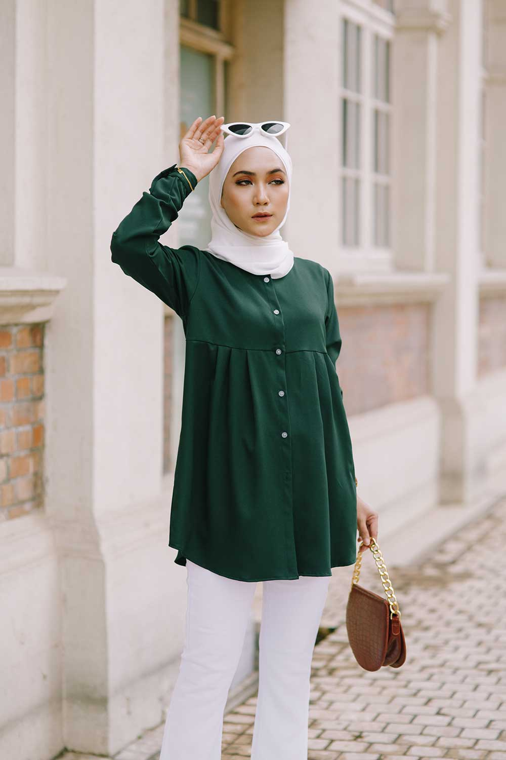 ERNA BLOUSE – EMERALD GREEN