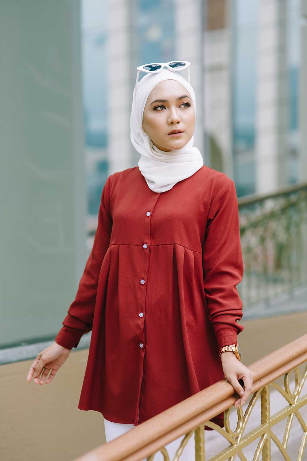 ERNA BLOUSE – MAHAGONY RED